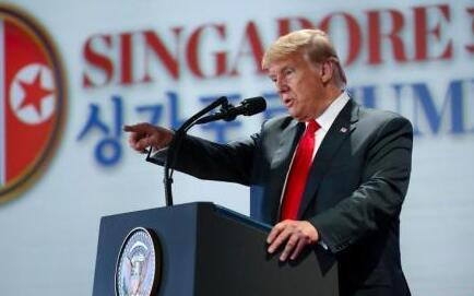 """特朗普会晤金正恩后返美 称朝鲜不再是""""最大威胁"""""""