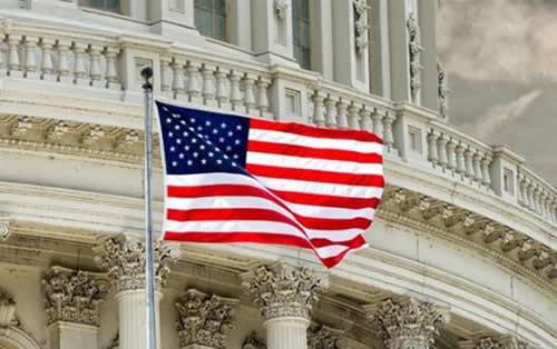 美参院要求限制特朗普关税行动 美国国内沸腾了…