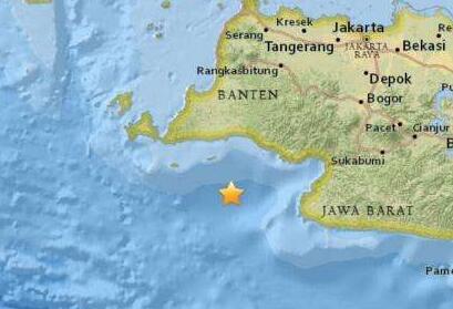印尼西部海域发生5.8级地震 震源深度10公里