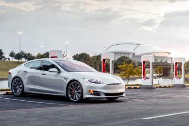 【硅谷】特斯拉:超级充电桩数量已经超过1万根