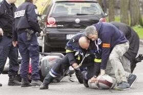巴黎发生劫持人质事件 警方强攻逮捕一嫌犯