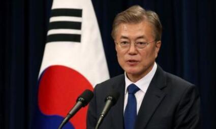 韩媒:韩美首脑会晤 商定力促朝美会谈如期举行