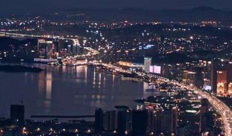 """繁荣文化:现代化海滨城市建设的""""硬支撑"""""""