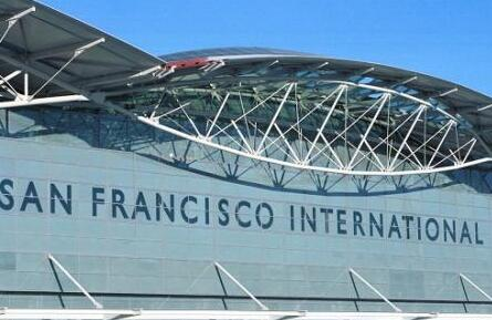 旧金山国际机场飞机降落险撞机 系半年第三次险情