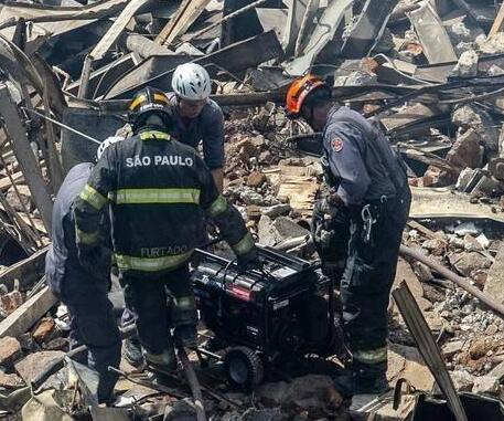 巴西圣保罗塌楼搜寻结束:4人遇难4人失踪
