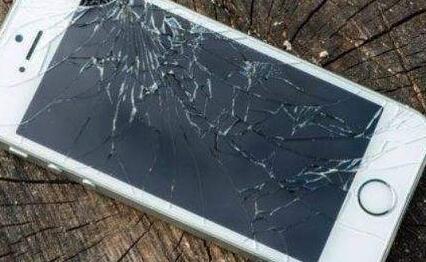 评论:苹果降速门敲响警钟 老用户的利益如何安放?