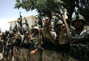 阿富汗政府军在多地对塔利班武装展开军事行动