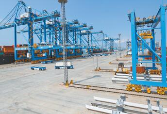青岛:前湾保税港区三期正式运营