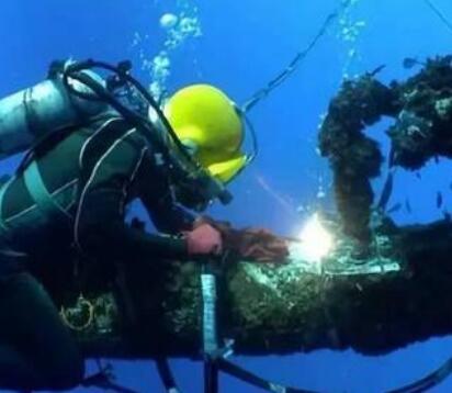 """美新型核潜艇遭焊接技术""""卡脖子"""""""