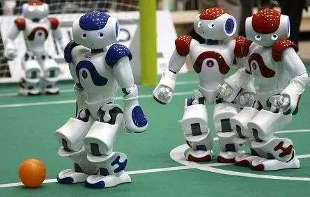未来工作报告:机器人抢饭碗 人类工作数量或不跌反升