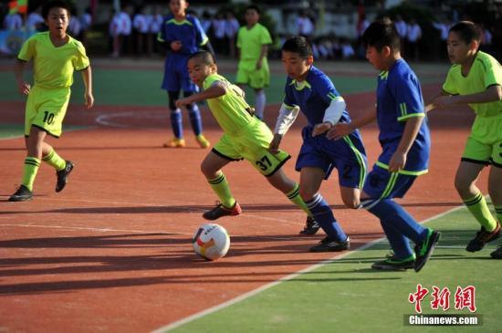 教育部:到2025年全国校园足球特色学校将达5万所