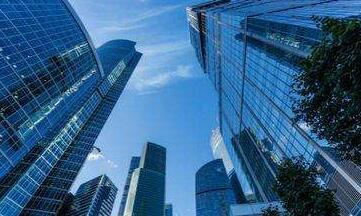 南京1.2万人抢400余套房 大户型买到即赚211万