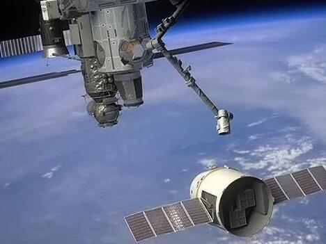 """""""龙""""货运飞船返回地球 带回1.8吨货物和样品"""