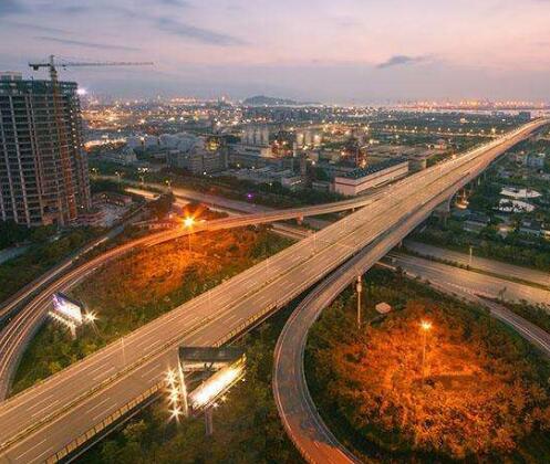 港澳特首频访珠三角 大湾区交通科创合作有望提速