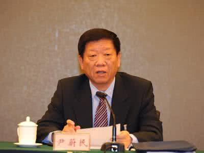 人社部部长尹蔚民:医保异地结算问题两年内解决