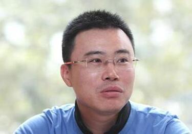 快播王欣出狱后首次露面 与姚劲波聊AI视频区块链