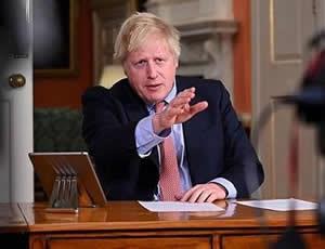 """英首相否认延长""""脱欧""""过渡期"""