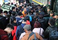元宵节过后 中国铁路迎来新一轮客流高峰