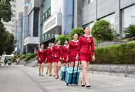 郑州美容美发店员工着装如空姐 管理似部队