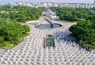 扬州300人齐练太极 场面壮观