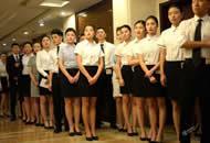 济南600人应聘空乘 坐满过道走廊