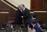 哈萨克斯坦新总统托卡耶夫宣誓就职