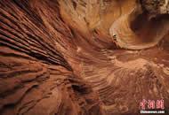 实拍美国西部荒芜土地 仿佛火星表面